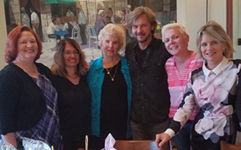 Nancy and other Steve & Kayla fans with Stephen & Mary Beth during auction lunch